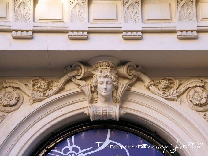 Les d cors sculpt s de marseille for Garage rue roux de brignoles marseille