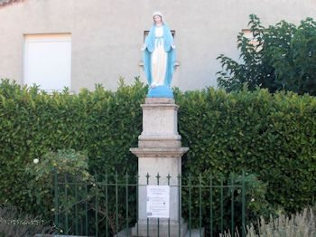 Statue de la Vierge